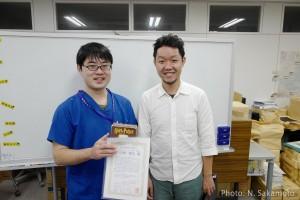 中野先生(左)と担任の春田先生(右)